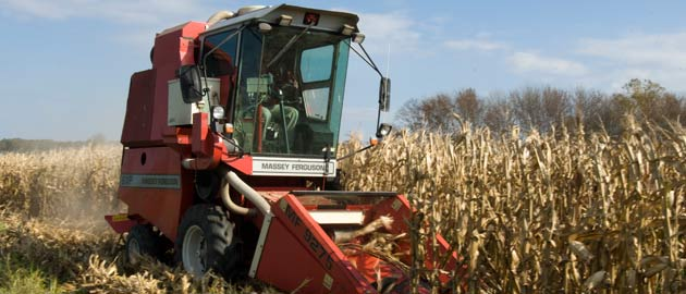 Agricultural systems management - Farm machine in a field